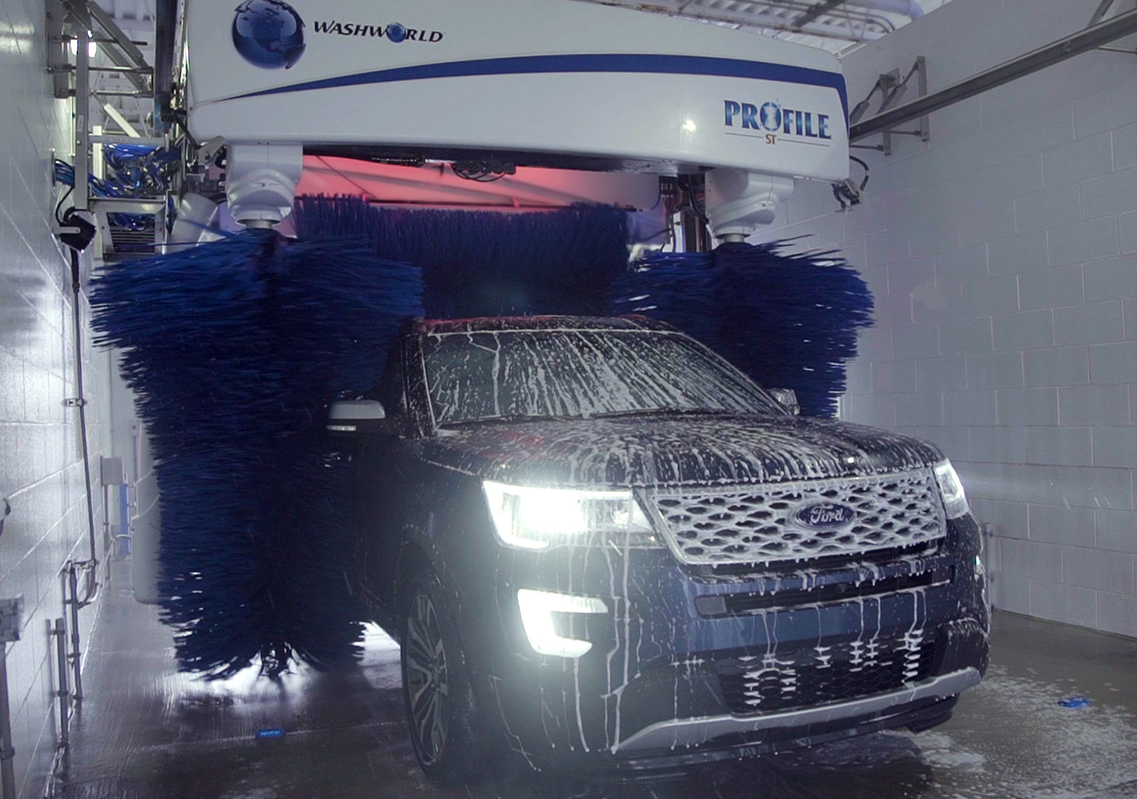 The Best Car Wash And Free Vacuums Hartland Service